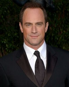 Christopher Meloni -Law and Order SVU. Loveee this show.<3