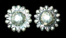 Hammered Metal Earrings 925 Sterling Silver Screw Backs Southwestern 1 1/8 in Vintage 1960s Old Jewelry, Vintage Jewelry, Photographing Jewelry, Screw Back Earrings, Brooch, Jewels, 1960s, Sterling Silver, Metal