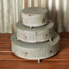 Cake Risers, Round Stands, Metal, 15.75, 12 & 8 in, Gray, Set of 3