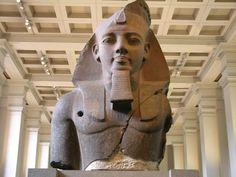 Resultado de imagen de estatua colosal de ramsés II