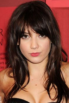 daisy lowe, who i am unfamiliar with but i like her bangs in this photo
