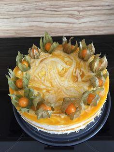 Käsesahnetorte mit Pfirsichen, ein raffiniertes Rezept aus der Kategorie Torten. Bewertungen: 64. Durchschnitt: Ø 4,4.