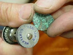 [Ganoksin] The Process of Slabbing, Shaping and Polishing Turquoise Cabs Using Foredom Handpiece