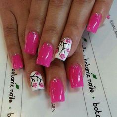 Really like this color & design, on my list to try!! :-)