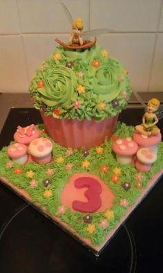 tinkerbell giant cupcake x
