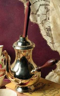 english chocolate pot & frother