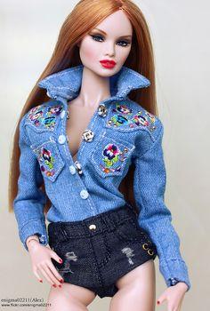 Erin Voltage | by enigma02211 Doll Clothes Barbie, Dress Up Dolls, Barbie Dolls, Dolls Dolls, Doll Dresses, Barbie Model, Barbie And Ken, Fashion Royalty Dolls, Fashion Dolls