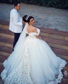 V Neck Off The Shoulder Tulle Ball Gown Wedding Dresses 2018,PD0710