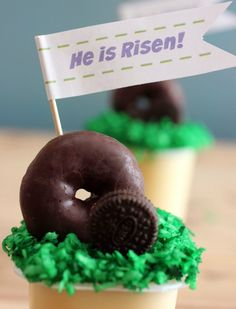 "Easter Crafts For Sunday School: Sunday School Easter Snack Ideas. He is Risen Printable. Previous pinner said ""I love these Sunday School snacks because they are easy to make and they help me teach a lesson!"".  [ad]"