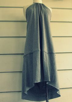 DIY t-shirt dress! I would do this out of fabric instead of a tshirt, and make it one length, I don't like the second tier, but with some tweaking, I like this