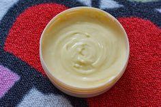 Recette d'une crème capillaire mais pas que au karité, coco et ricin.