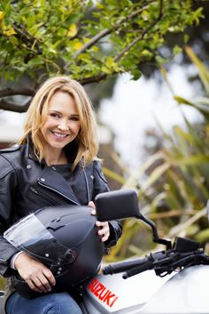 'Neighbours' Spoiler: Steph Scully Returns To Channel 5 Soap, As Actress Carla Bonner Rejoins Regular Cast