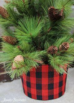 Inexpensive Target Christmas Decorations! $5 checked fabric bucket! JenniferDecorates.com