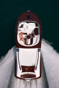 Aquariva by Gucci yacht - Did someone say sexy!