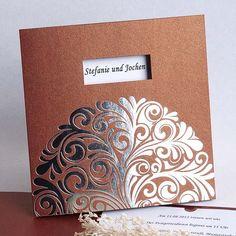 Einladungskarten zur Hochzeit mit Ausstanzung und Ornamenten