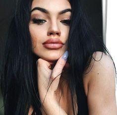 Gina lorena full lips