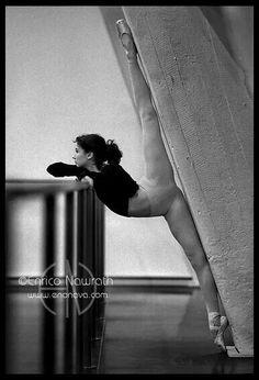 Dancer:Jordin Mullin /photo by Enroco Nawrath