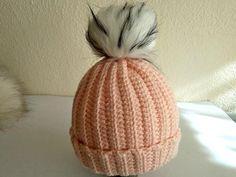 Postupy na pletené a háčkované čiapky pre bábätká a malé deti | Artmama.sk Diy And Crafts, Winter Hats, Fashion, Moda, Fashion Styles, Fashion Illustrations