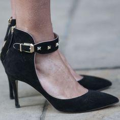 ~~Day 4 Street Style at London Fashion Week~~