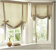 59 Ideas decor classic window treatments for 2019 Kitchen Window Treatments With Blinds, Kitchen Window Blinds, Valance Window Treatments, Bathroom Windows, Blinds For Windows, Kitchen Curtains, Window Coverings, Classic Window, Window In Shower