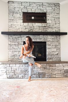 Get the look of this White Wash Stone Fireplace with an easy DIY makeover! You can get this farmhouse style look for just $6! Fireplace Beam, Stone Fireplace Makeover, Fireplace Makeovers, Fireplace Mantles, Cottage Style, Farmhouse Style, White Stone Fireplaces, Entertainment Wall, Rustic Home Design