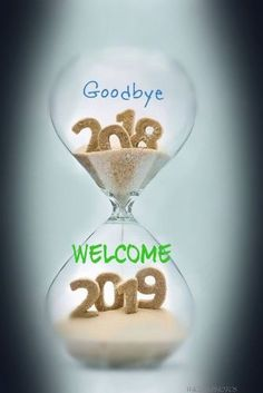 Bonne Année : Description Au revoir 2018 Bienvenue 2019 Nouvel An Photos. Happy New Year Images, Happy New Year Quotes, Happy New Year Wishes, Happy New Year Greetings, Happy New Year 2018, New Year Greeting Cards, Quotes About New Year, Merry Christmas And Happy New Year, Happy New Year Message