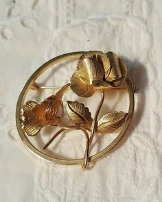 Vintage Giovanni Gold Tone Circle Pin Brooch Rose Flower Vintage Pins, Brooch Pin, Gold Rings, Rose Gold, Flowers, Ebay, Jewelry, Brooch, Jewlery