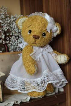 **Josephine by By Olga Sulcova - Miola Teddies | Bear Pile