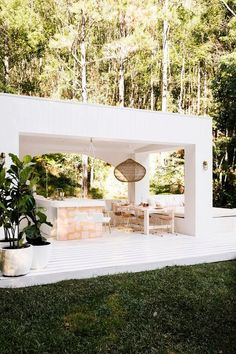 House 10 The Hinterland Hideaway Pool Pavilion. White Exteriors Pavilion Pink Tiles Outdoor Dining House 10 The Hinterland Hideaway Pool Pavilion. White Exteriors Pavilion Pink Tiles Outdoor Dining Click The Link For See Houses Architecture, Architecture Renovation, Futuristic Architecture, Outdoor Rooms, Outdoor Dining, Modern Outdoor Kitchen, Outdoor Pavilion, Outdoor Cafe, Exterior Design