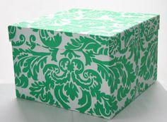 Ellen in Grass, #organization, #boxes