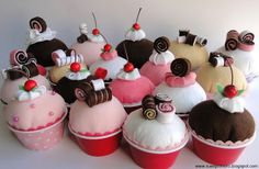 Dulce Fragancia: ¿Vamos a hacer un Cupcake de fieltro?