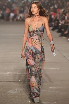 Model Gigi Hadid walks the runway at the TommyLand Tommy Hilfiger Spring 2017 Fashion Show on February 8 2017 in Venice California Big Fashion, Look Fashion, Fashion Show, Autumn Fashion, Fashion Outfits, Womens Fashion, Fashion Trends, Vintage Fashion, Couture Fashion