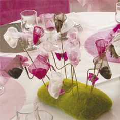 Moss Foam Stand with Butterfly Nets Bonbonniere - White