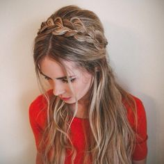 """""""Half up + headband braid ❤️ #barefootblondehair"""""""