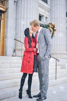 Rachel Parcell, fashion designer/blogger/business woman (aka, Pink Peonies) with her husband Drew Parcell. This is supposed to be a way cute idea for a family Christmas card, but it would always make a great wedding/engagement/save the date announcement photo <3