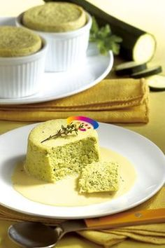 Flan di zucchine | Cucinare Meglio Finger Food Appetizers, Finger Foods, Appetizer Recipes, Panna Cotta, Cooking Recipes, Healthy Recipes, Vegetable Side Dishes, Antipasto, Pudding