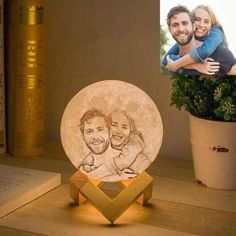 Personalized Photo Moon Lamp Best Mothers Day Gifts, Best Valentine's Day Gifts, Gifts For Family, Lampe Photo, Photo Lamp, Impression 3d, Moon Light Lamp, Desk Light, Customized Gifts