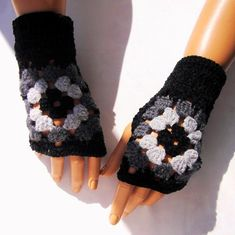 Fingerless Gloves Woman Fingerless Winter Mitten by RoseAndKnit - Towel Buy Clothes Online, Peacock Print, Fingerless Mittens, Black Gloves, Hand Crochet, Crochet Gifts, Knit Crochet, Pretty And Cute, Mitten Gloves