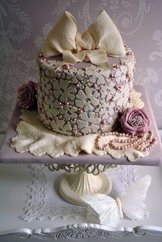 A Pearl wedding anniversary cake - by Cherry @ CakesDecor.com - cake decorating website