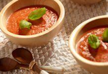 Kényeztető házi paradicsom-krémleves (kb. 10 perc)! Forrón az igazi! Thai Red Curry, Cantaloupe, Fruit, Ethnic Recipes, Food, Essen, Meals, Yemek, Eten