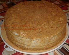 Tort Medovik cu miere de albine Desserts, Food, Tailgate Desserts, Deserts, Essen, Postres, Meals, Dessert, Yemek