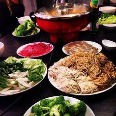Vietnamese Spicy Lemongrass Hot Pot | Cookie-Loves.com