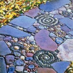 100 Gartengestaltung Bilder und inspiriеrende Ideen für Ihren Garten - gartengestaltung dekoideen pfad mosaik
