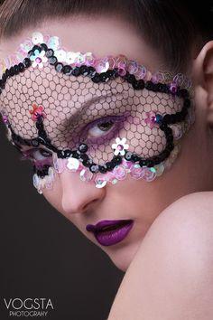 Purple Mask (©Photo: VOGSTA PHOTOGRAPHY) von VOGSTA