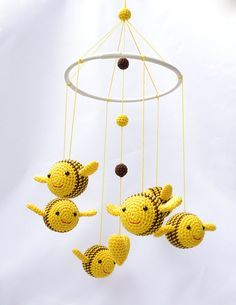 Nursery Mobile Bumble Bee Baby Mobile Crib Baby by cherrytime, €74.00