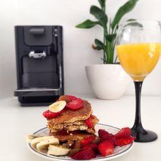 Strawberry banana peanut butter Oat pancakes