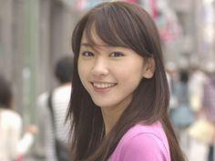 新垣結衣   完全無料画像検索のプリ画像 Divas, Prity Girl, Celebrity Faces, Asian Eyes, Great Smiles, Cool Face, Japanese Artists, Photos Of Women, Actor Model