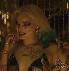 Discovered by 𝒦𝓇𝒾𝓈𝓉𝒾𝓃𝒶 ℛ𝑜𝓂𝒶𝓃𝑜𝓋𝒶. Find images and videos about harley quinn, dc comics and suicide squad on We Heart It - the app to get lost in what you love. Margot Robbie Hot, Margo Robbie, Margot Robbie Harley Quinn, Batgirl, Nightwing, Batman Wonder Woman, Harley And Joker Love, Joker And Harley Quinn, Jason Todd Batman