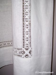 "Linen Curtains with drawn thread embroidery ~ by Il Contafili ""Linen Curtains with drawn thread embroidery ~ by Il Contafili Mais"", ""white on white norw Hardanger Embroidery, Hand Embroidery Stitches, White Embroidery, Hand Embroidery Designs, Embroidery Techniques, Embroidery Patterns, Drawn Thread, Cross Patterns, Cutwork"
