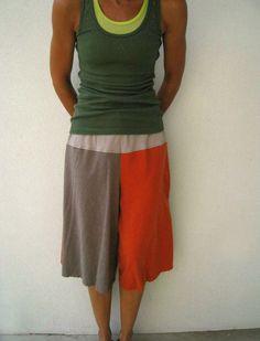 Upcycled T Shirt Gaucho Yoga Pants